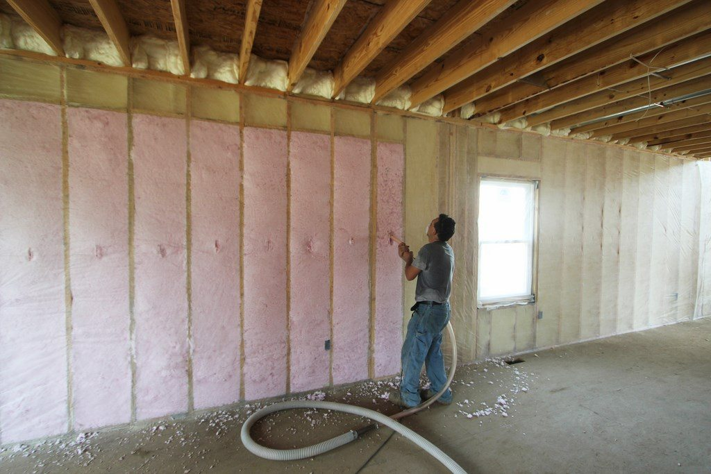 Foam engineers for high efficiency custom homes in for Fiberglass insulation density